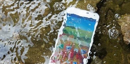 스마트폰 물물.jpg