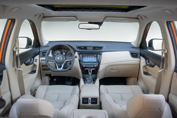 [크기변환][닛산] 더 뉴 닛산 엑스트레일 (The New Nissan X-TRAIL) 인테리어.jpg