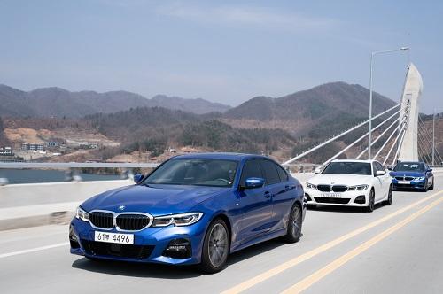 사진 - BMW 뉴 3시리즈_주행 (7).jpg