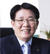 이정희 유한양행 대표.jpg