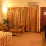 여행사에 호텔 예약 맡겼더니...녹슬은 커피포트와  얼룩진 가운