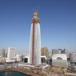 롯데월드타워, 국내 첫 100층 돌파