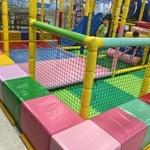 마트 내 무료 놀이방에서 다친 아이, 치료비 보상 기준은?
