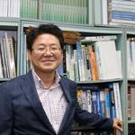 """[인터뷰] 김필수 전기자동차협회장 """"내년 후반 전기차 빅뱅 올 것"""""""
