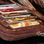 연체 피하려 이용하는 신용카드 선결제, 신용등급에 영향줄까?