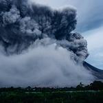 발리 아궁화산 폭발 위험…여행 취소하면 수수료 내야 할까?