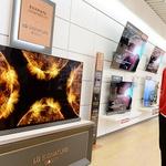 LG 올레드 TV, 올 들어 3분에 1대씩 팔려