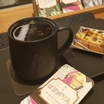 [현장스케치] 커피 한 잔도 제대로 여유롭게...스타벅스 리저브 바 가보니