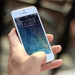 [소비자판례] 휴대전화로 위치정보 무단 수집, 불법이지만 배상 책임 없어