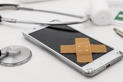 휴대전화 보험료 고가일수록 소비자 부담 되레 커진다?