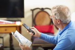 60대 노인에게 성인채널 부가서비스 가입시키고 10만 원대 요금 챙겨