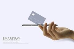 휴대전화에 카드와 현금을 쏘옥...간편결제 어렵지 않아요