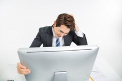소셜커머스 팔 때는 통신판매업자, AS요청엔 통신중개업자?