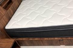[노컷영상] 홈쇼핑에서 구입한 침대 색깔, 달라도 너무 달라~