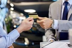 '수수료 협상' 때문에 신용카드 결제 거부한 쌍용차, 위법일까?