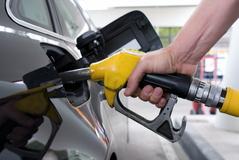 [지식카페] 주유 전 연료 종류 안 밝히면 운전자도 혼유사고 책임 있어