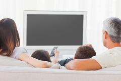 UHD 채널 보려고 비싼 요금제 가입했는데 달랑 2개뿐...케이블 · IPTV '뻥'영업