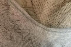 코지마 안마의자서 검은 가루 풀풀...앉으면 옷이 시커먼 때로 범벅