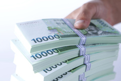 금리 인하 압박에 저축은행 소액신용대출 급감