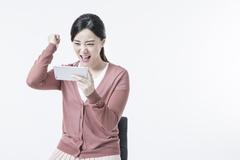 SKT, 5G→LTE 요금제 바꾸면 위약금 부과...KT‧LGU+ 동참 시간문제?