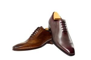 [지식카페] 양쪽 가죽 재질 다른 신발, 착화 후에는 환불 불가?
